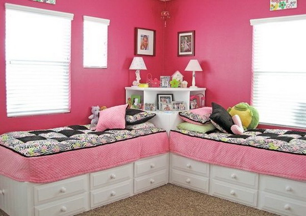 2 Beds In 1 Room Use Square Table Between, Add Corner Shelves On Top.