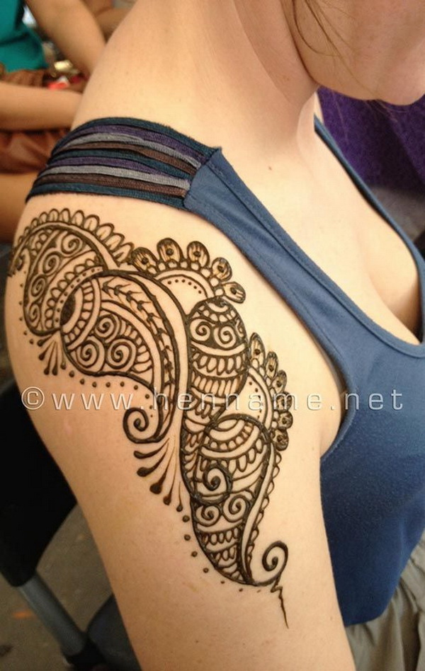 Stunning Shoulder Henna Tattoo.
