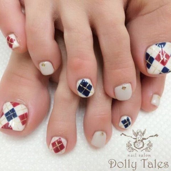 White, Red, Blue and Gold Plaid Toenail Art Design.