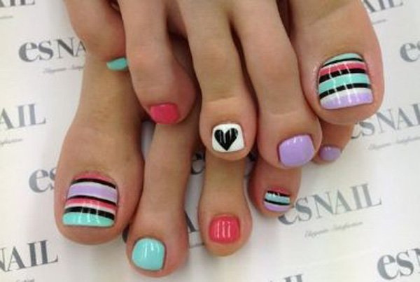 50 pretty toe nail art ideas for creative juice blue polish with polka dots glitter and jewels toe nail design prinsesfo Image collections