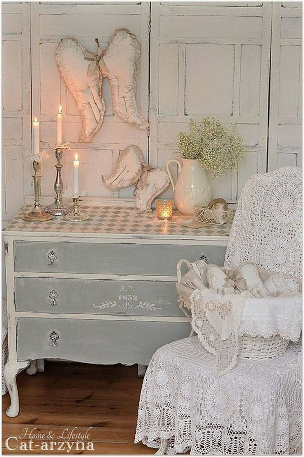 Totally Shabby Chic Look.
