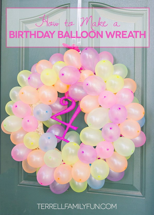 DIY Balloon Wreath.