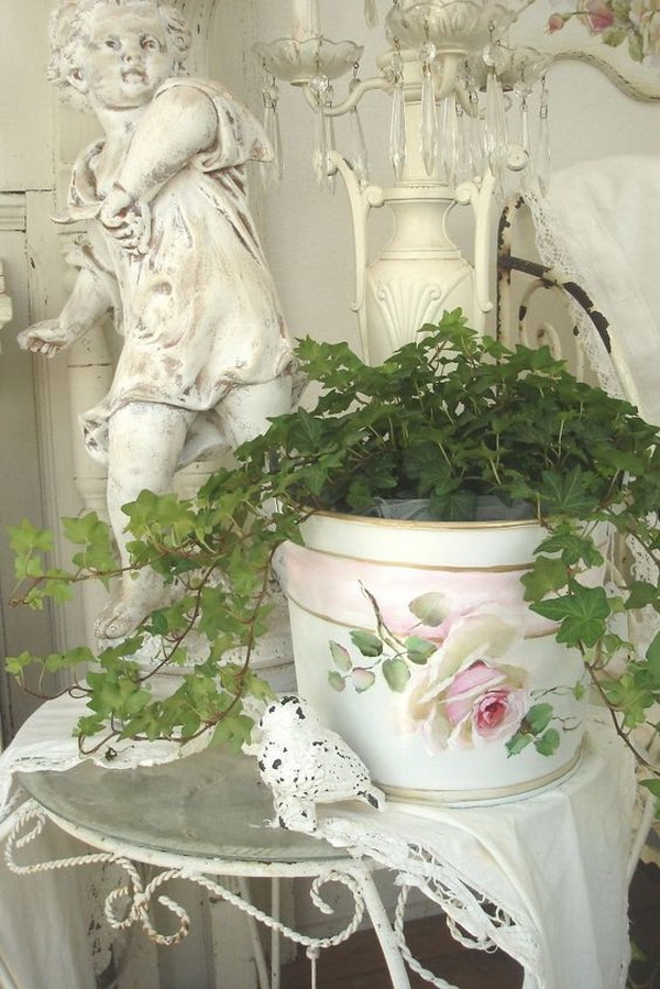 Shabby Chic Painted Planter Pot.