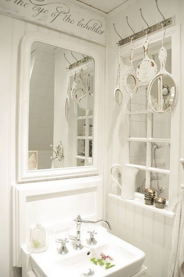 Decorating With Shabby CHic Mirrors.