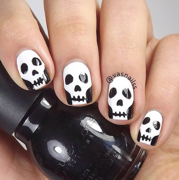 scary skeleton faces nail art for halloween halloween nail art ideas - Halloween Easy Nail Art