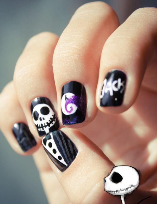 Balck & White Halloween Nail Art. Halloween Nail Art Ideas.