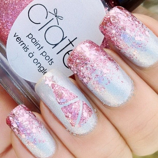Pink Glitter Christmas Nail Art.