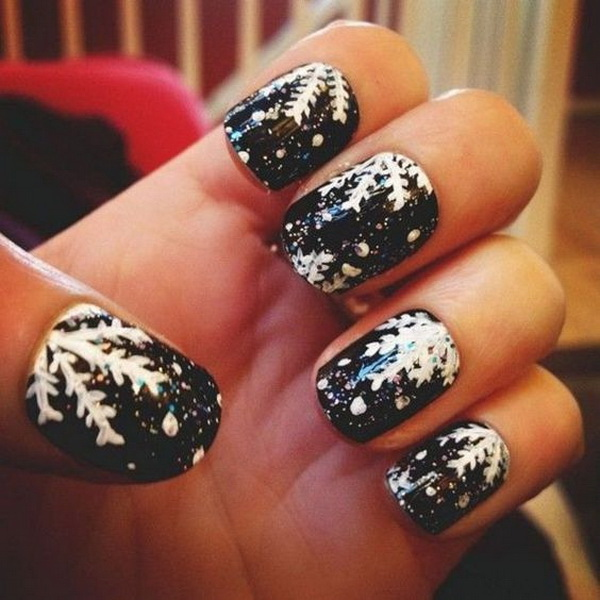 Winter Black Nail Art for Holidays.