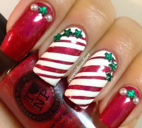 Strips Christmas Nails Finished with Small Green Stars.
