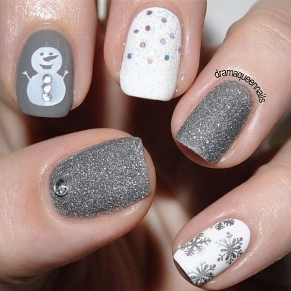 White and Silver Themed Christmas Nail Art.