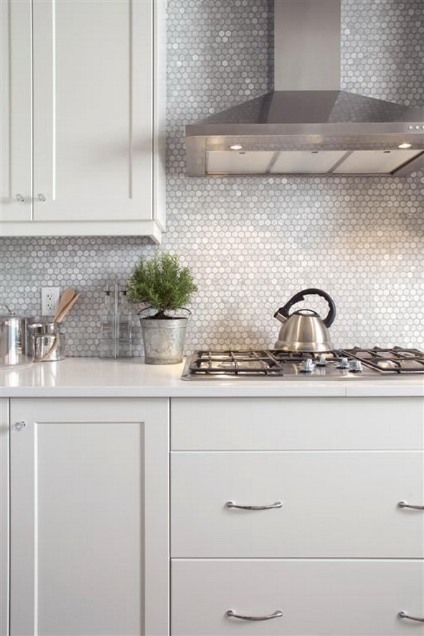 absolutely love this backsplash.