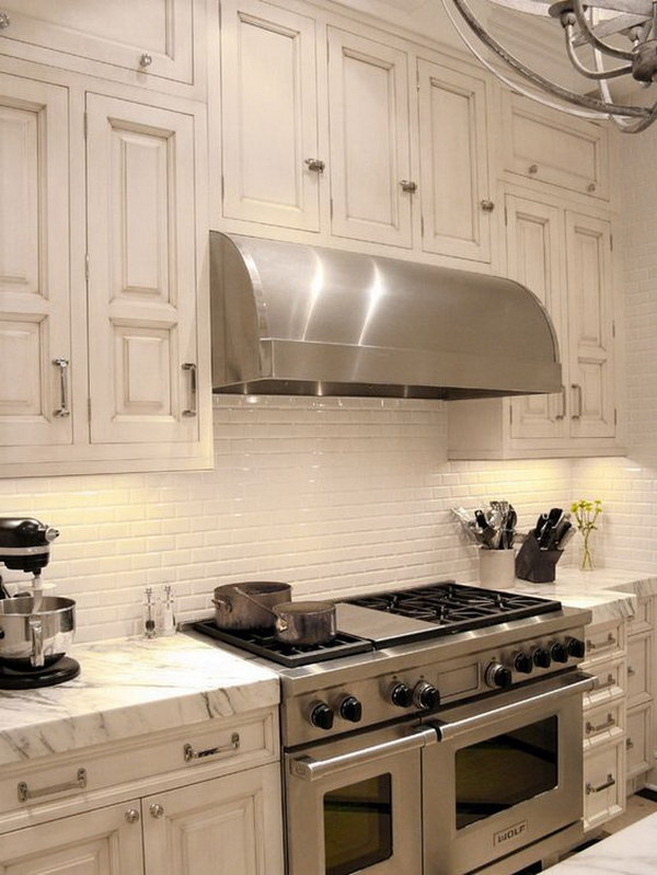Retro Cream White Ceramic Subway Tiles Backsplash.