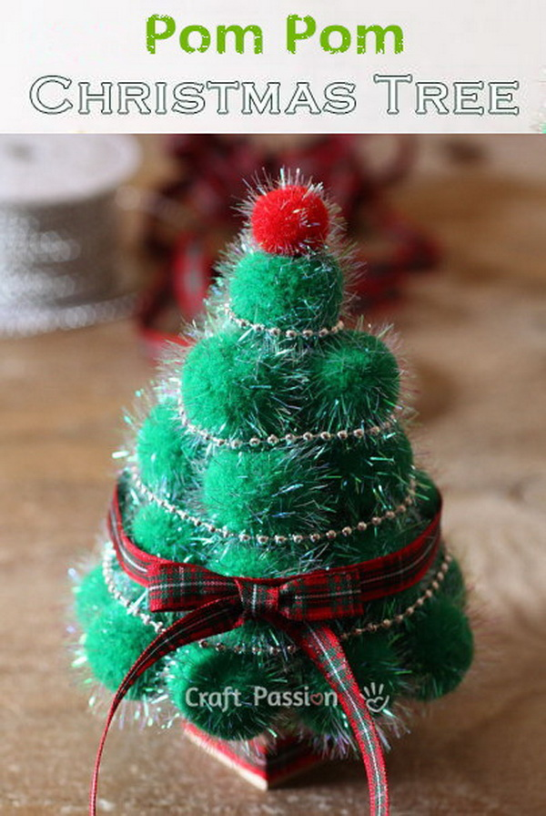Pom Pom Christmas Tree.