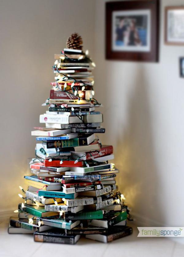 This book stacked Christmas tree looks so fantastic. It brings up your Christmas night with the added string bulbs. You can make it in almost no time. The most important, you don't spare more space to store it after the christmas season.