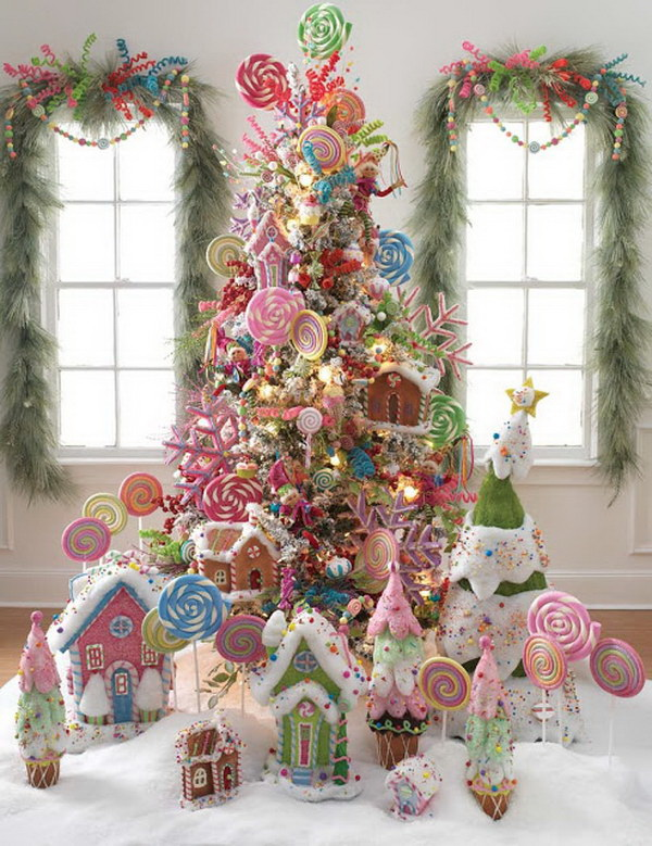Lollipop Christmas Tree. Decorate the Christmas tree with lollipops, peppermint and candy canes! It's a great alternative to incorporate them into your holiday decoration.
