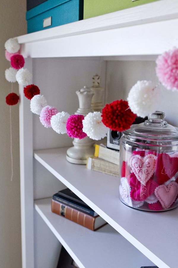 Super cute yarn pom pom garland! Fun for Valentine's Day!