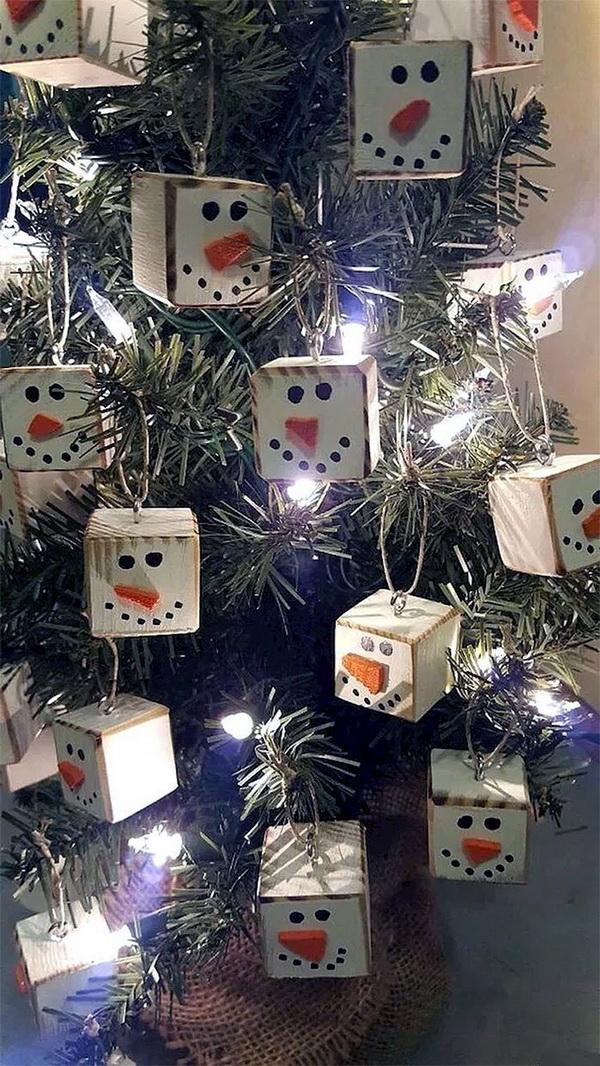 Snowman Cube Ornaments.