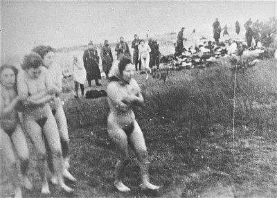 naked nazi women