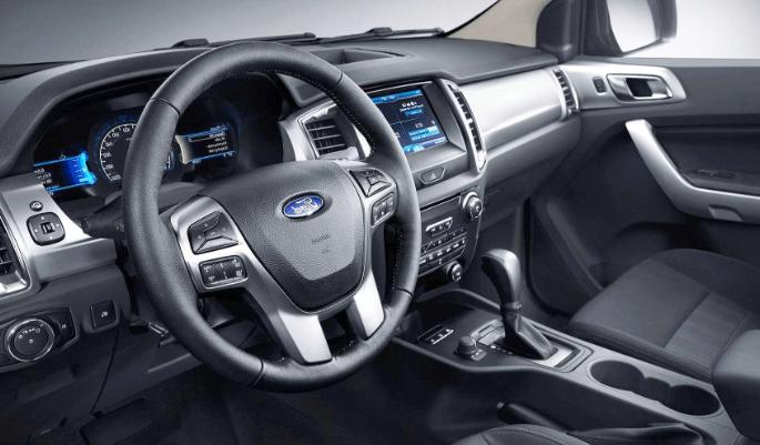 2020 Ford Everest Interior