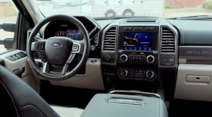 2022 Ford F450 Platinum Interior