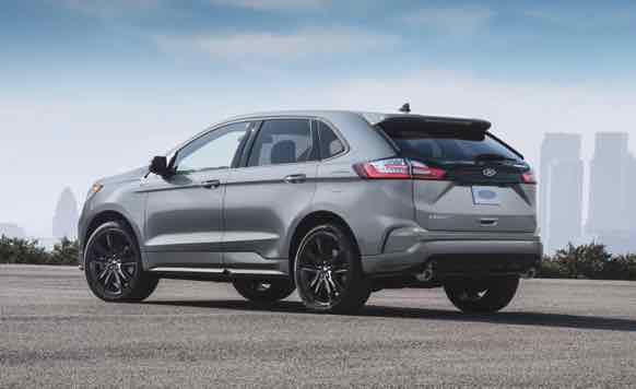 2023 Ford Edge ST look identical from the outside