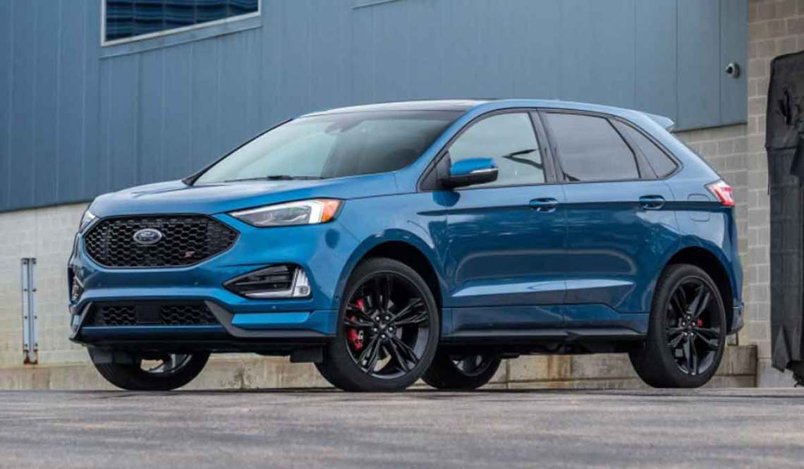 The 2023 Ford Edge is like Kramer's roomy highway lane. It is big enough to have a third row but doesn't