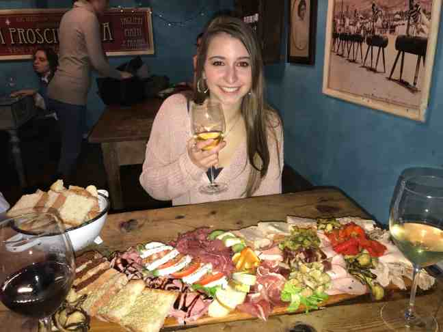 How I afforded to travel europe as a college student : aperitivo