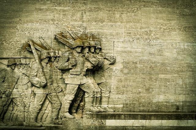 Западни топ-разузнавачи: След Алеппо следващата битка ще е за Източна Европа