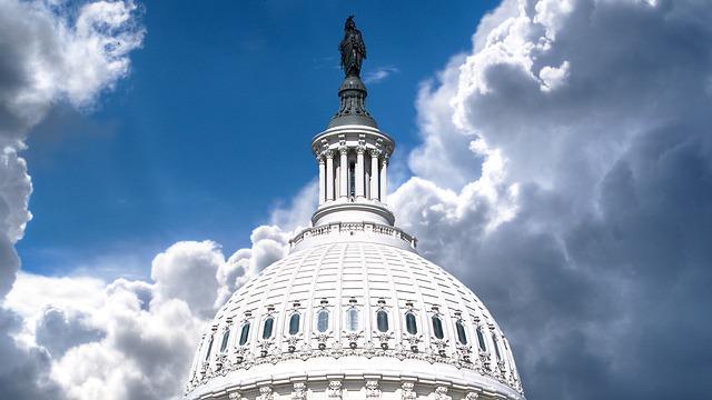 Извънредно: Вашингтон изгони 35 руски дипломати. Очаква се рязко влошаване на отношенията.