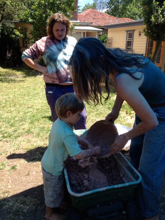 Adding clay slip to hemp