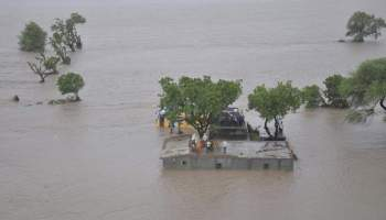 Flood - Types and Causes