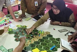 Oil palm landscapes: Playing for keeps