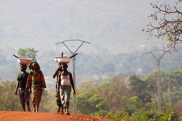 Climate change will disproportionately affect people in developing countries, here Benin. Photo: Daniel Tiveau/CIFOR