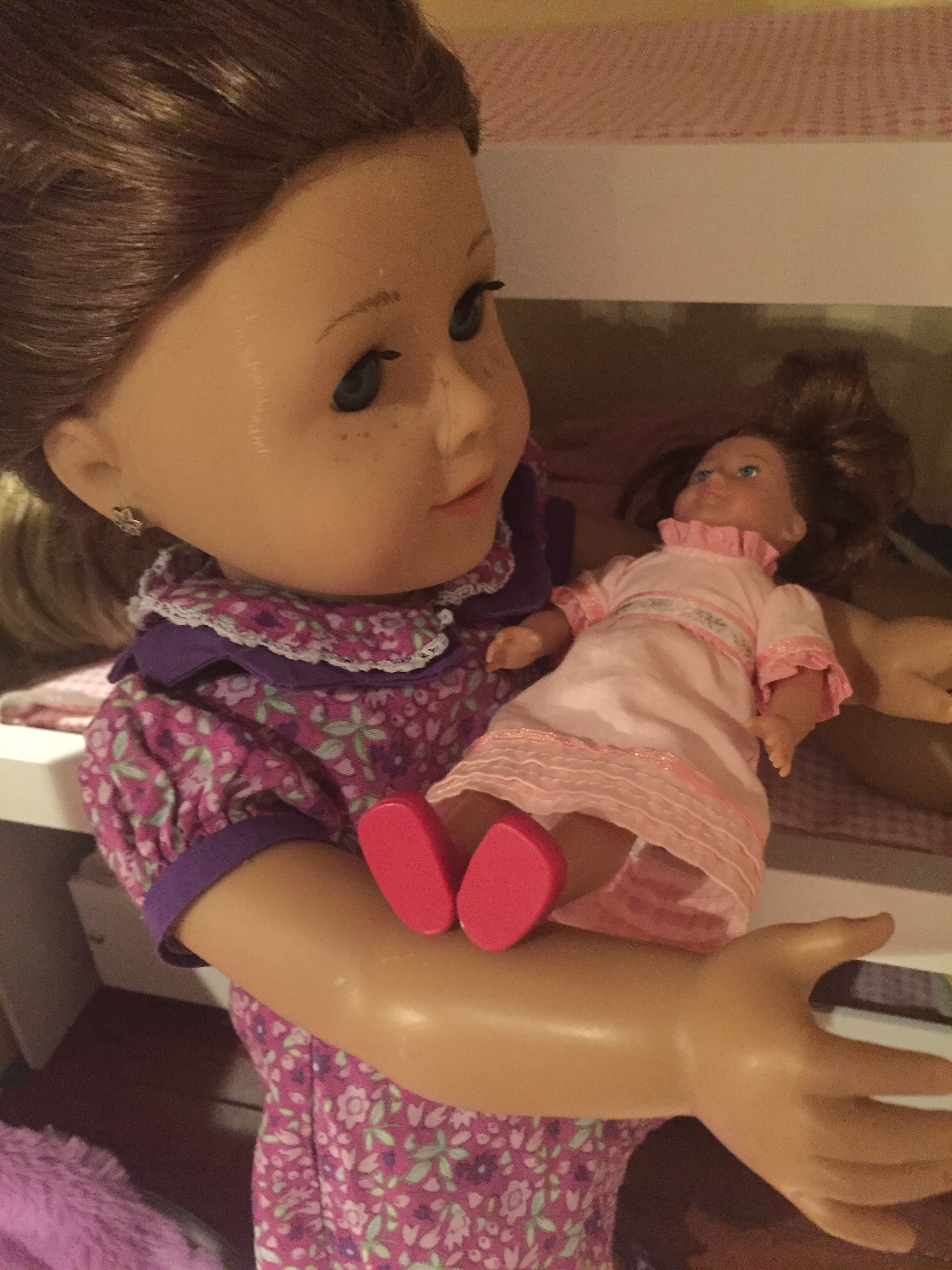 Meet The Dolls 4everag