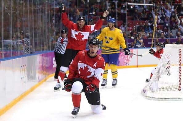 Toews opens the scoring for Team Canada (NHL)