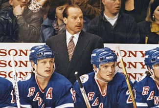 Mike Keenan behind the NYR bench 1994 (NHL)
