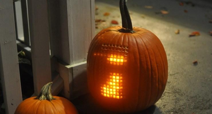playable tetris-o-lantern
