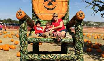 Kindergarten Field Trip to Flower Mound Pumpkin Patch #DFW