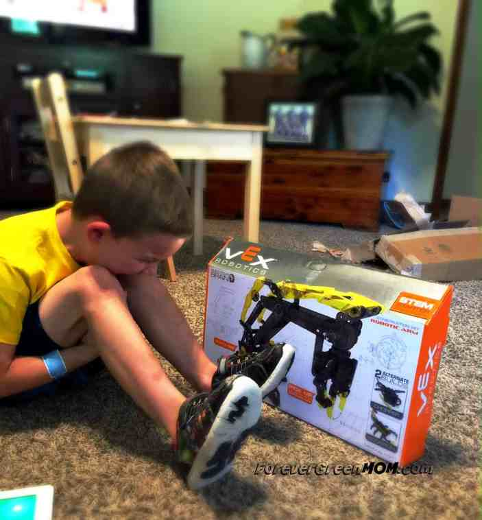 VEX Kids Tech Toys Promotes STEM Principles