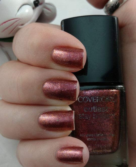 Covergirl Outlast Stay Brilliant Nail Gloss, Timeless Rubies