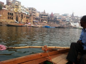 backpacking-india-travel-varanasi-ganges