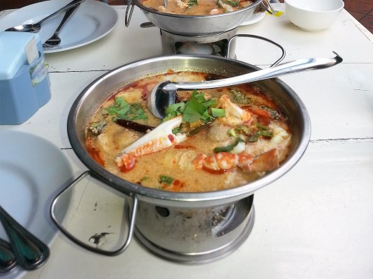 Tom Yum soup-thailand-food-thai