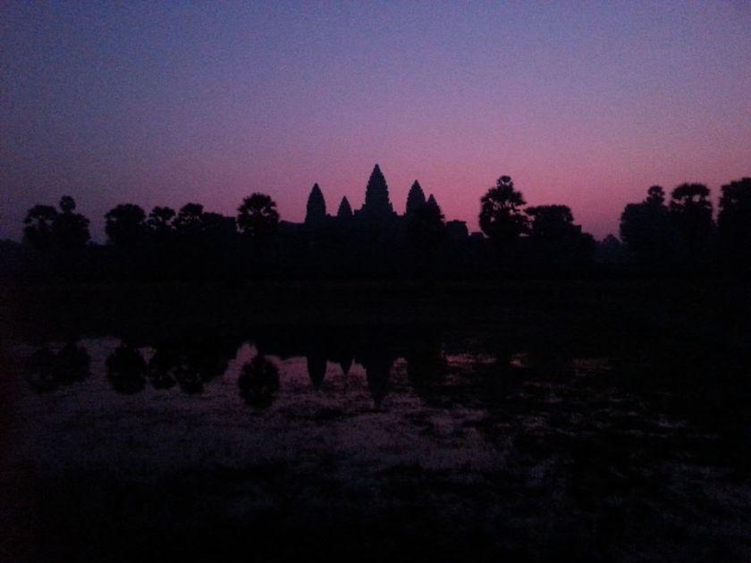 dawn-angkor-wat-cambodia