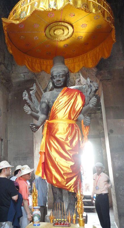 buddha-angkor-wat-statue