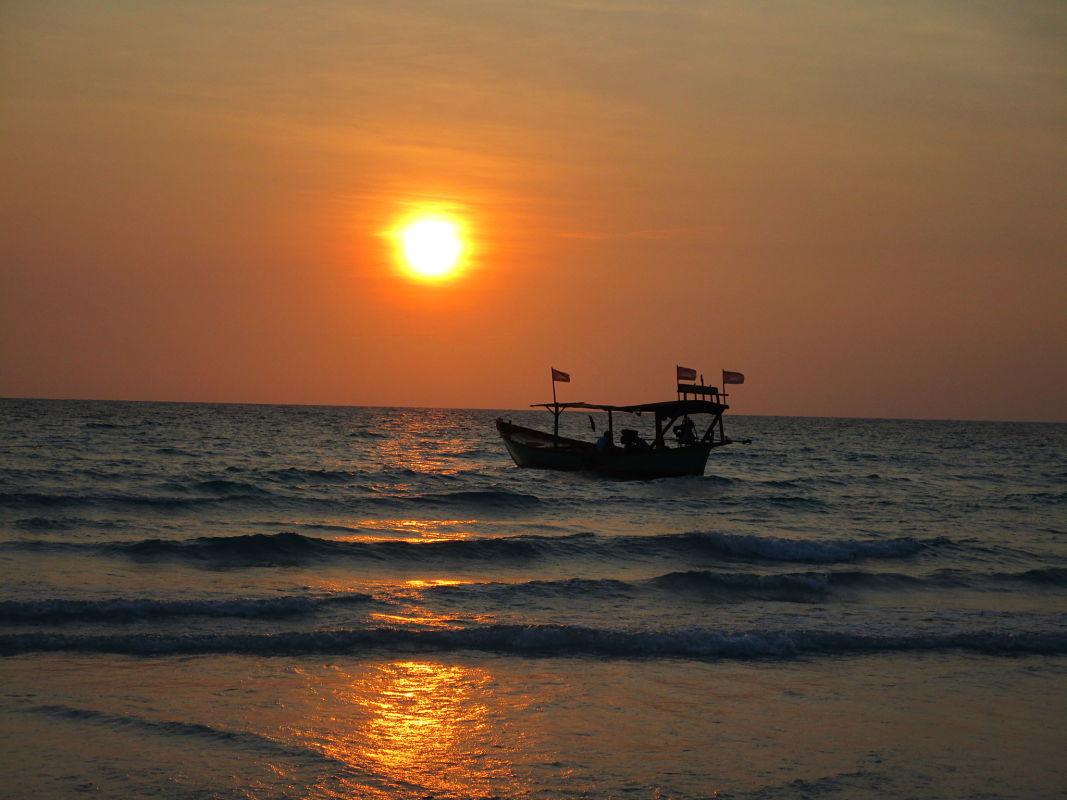 sunset-cambodia-koh-rong