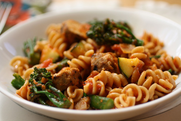 sunday-dinner-whole-wheat-pasta-with-grilled-vegetables-and-sausage