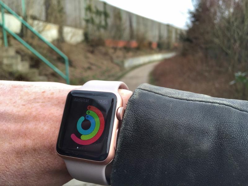 10.000-schritte-smartwatch
