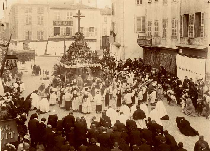 Image result for fete-dieu procession ancienne