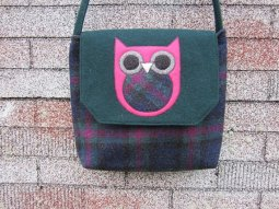 https://www.etsy.com/ca/listing/471139904/owl-crossbody-bag-messenger-bag-wool?