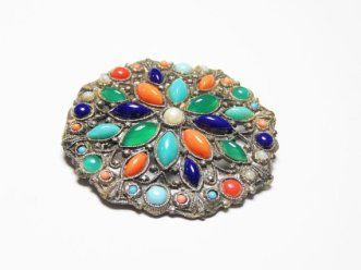 https://www.etsy.com/ca/listing/399723779/renaissance-style-brooch-with-faux-gems?